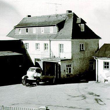 Historische Aufnahme des Handwerksbetriebs KERschl und SchMIdt - Kermi (1960)
