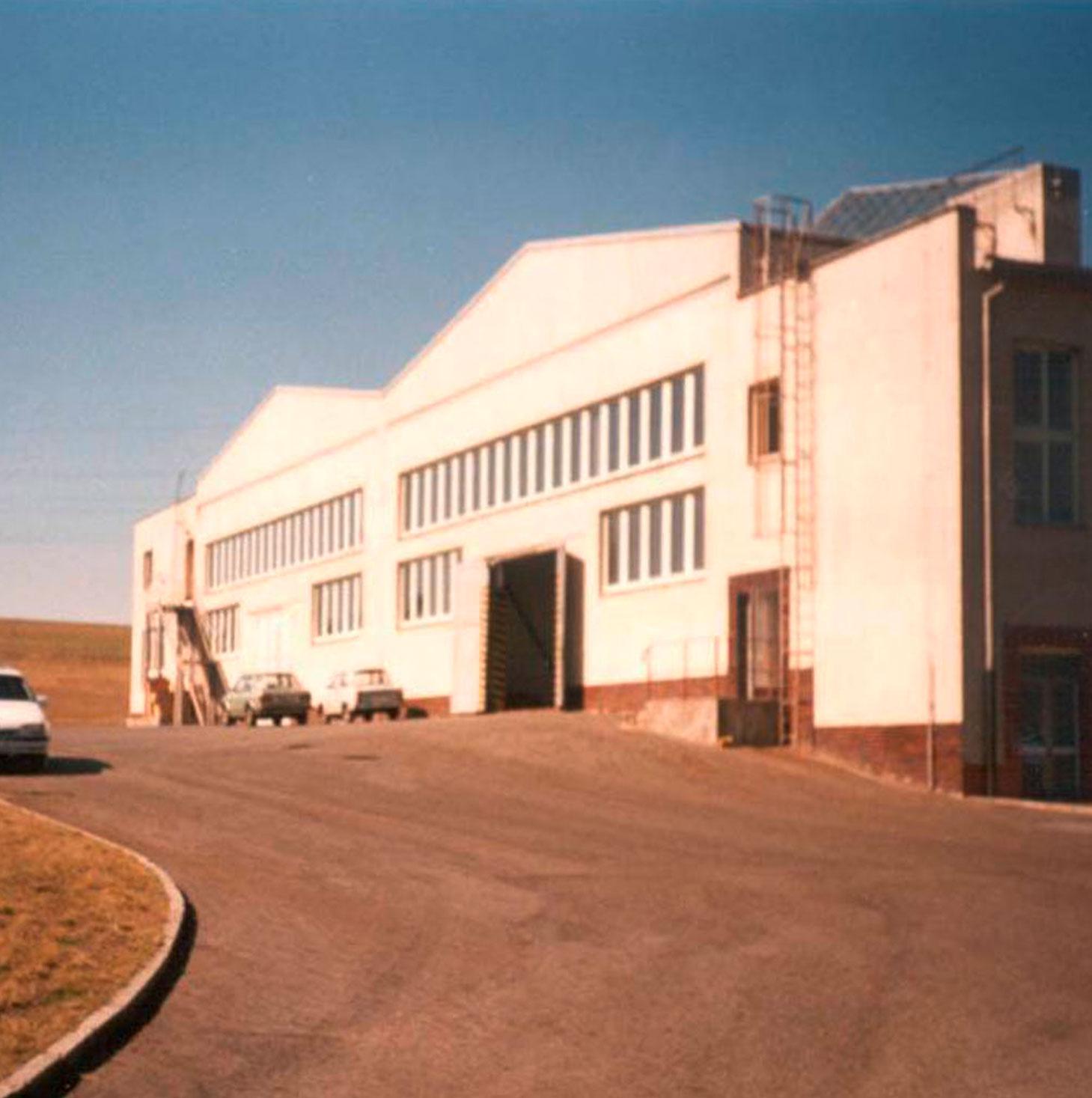 Historische Aufnahme der Kermi s.r.o. in Stribro, Tschechische Republik (1996)